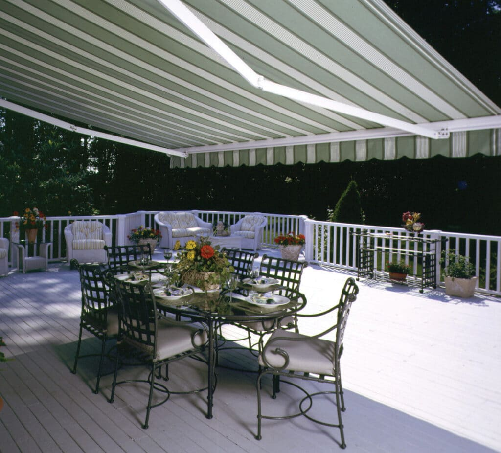 Shadow Plus Retractable Awning